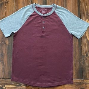 American Eagle curved hem Henley size XS